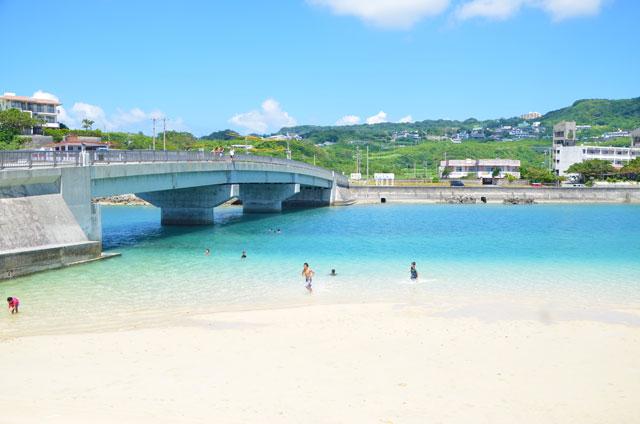 奥武橋と奥武ビーチ